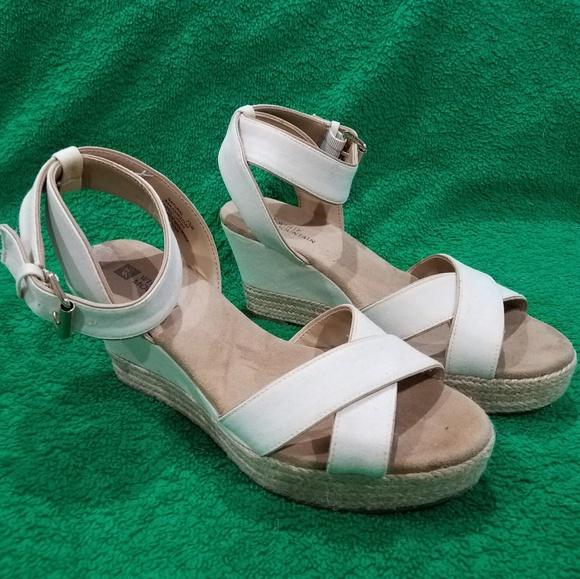 White Mountain Shoes - White Mountain wedges